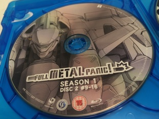 fullmetalpanic-ultimate-edition-season1-bluray-disc-artwork